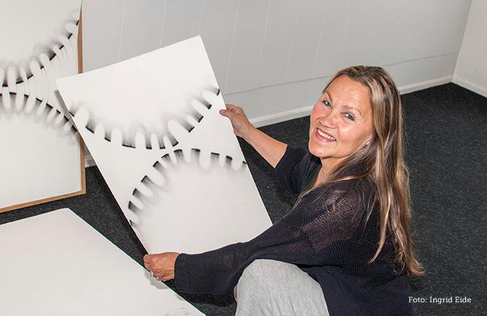 Tegner, Kristin Skrivervik